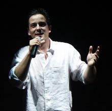 Laurent Saint-Clair chanteur variétés